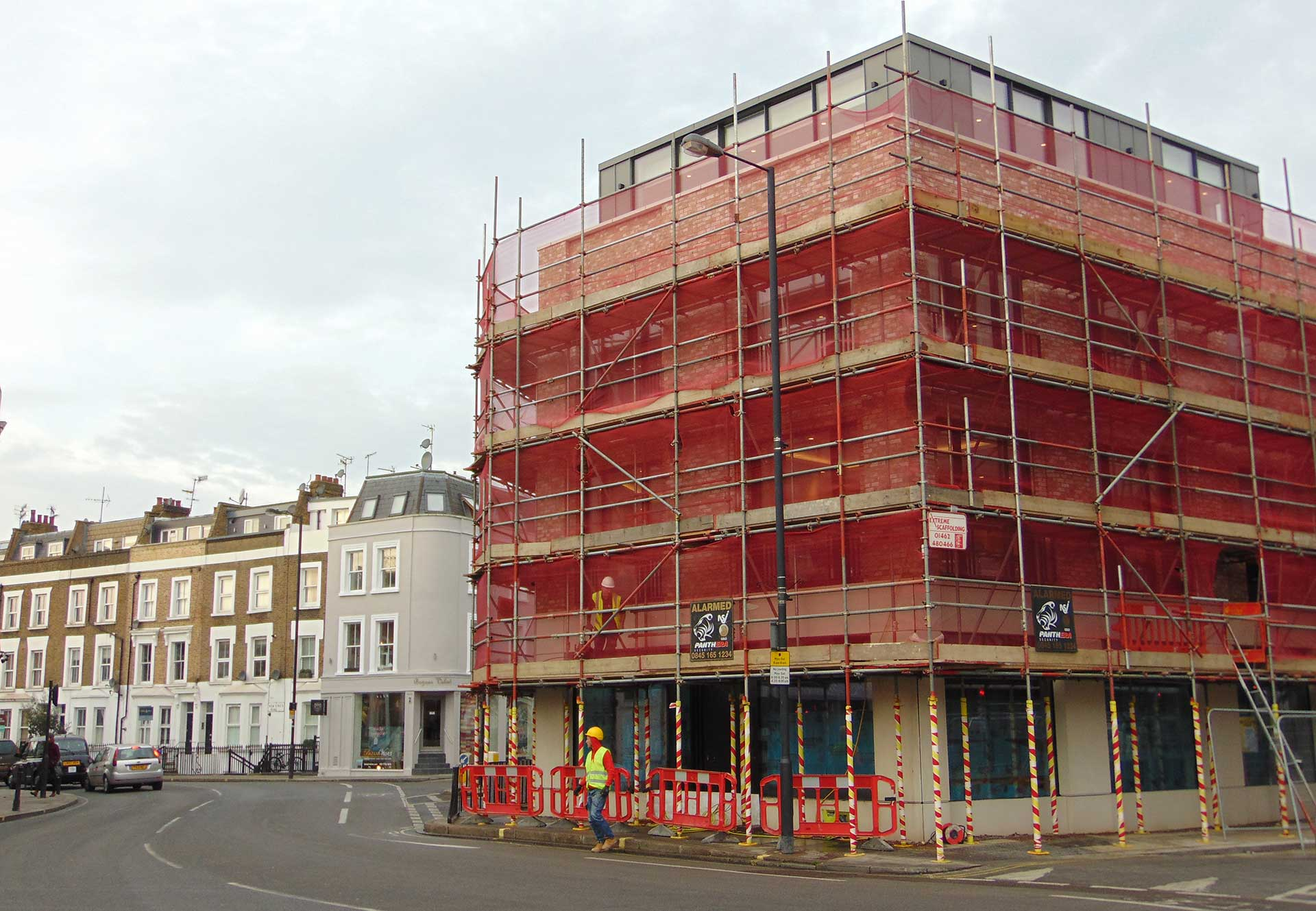 Contract works, Fulham